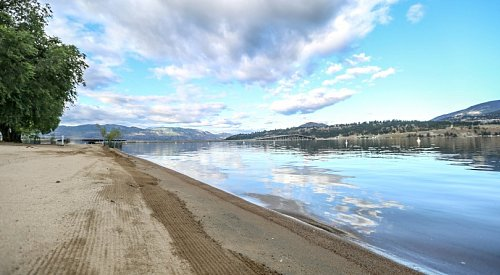 B.C. is entering the hot dry season with weeks of little rain in the forecast